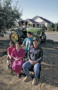 Sikh, Sikh American, Yuba City, California, farmer, agriculture, home, immigrant, 0_ NEW IMAGES _0