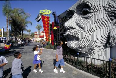 Legoland, Einstein, Carlsbad, Asian American, visitors, California